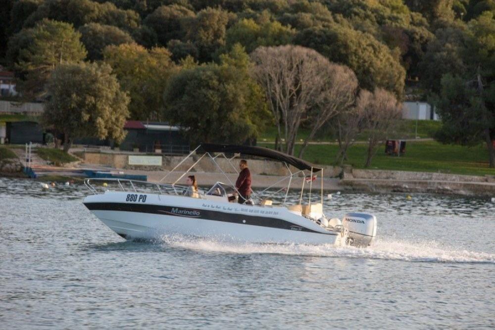 Boat rental Marinello MARINELLO 22 EDEN OPEN in Vrsar on Samboat