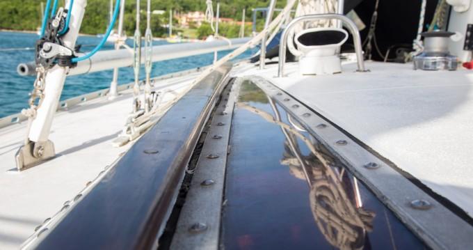 Louer Voilier avec ou sans skipper Jeanneau à Sainte-Anne