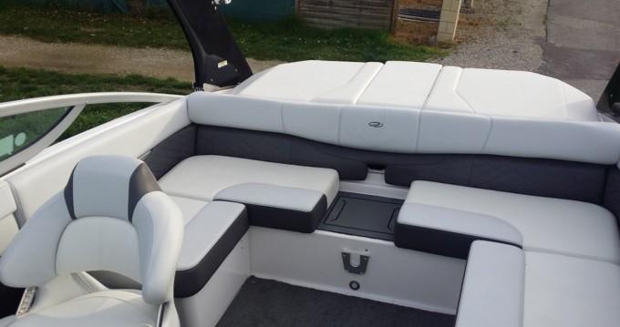 Location yacht à Le Bourget-du-Lac - Régal 2100 RX sur SamBoat