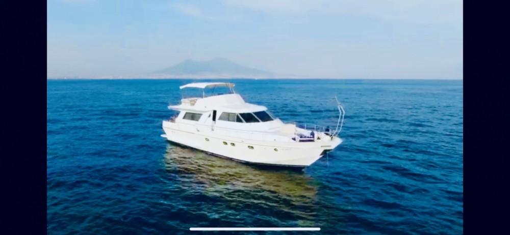 Location Yacht cantieri liguri Lavagna avec permis
