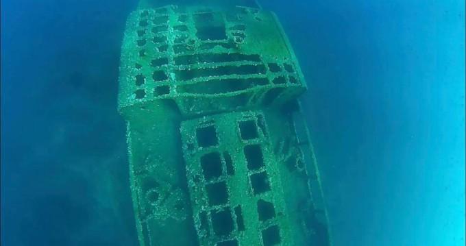 Location bateau Zodiac Sunrider 650 Bleu à Bonifacio sur Samboat