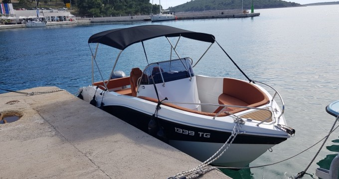 Location bateau Okiboats Barracuda 545 Open à Trogir sur Samboat