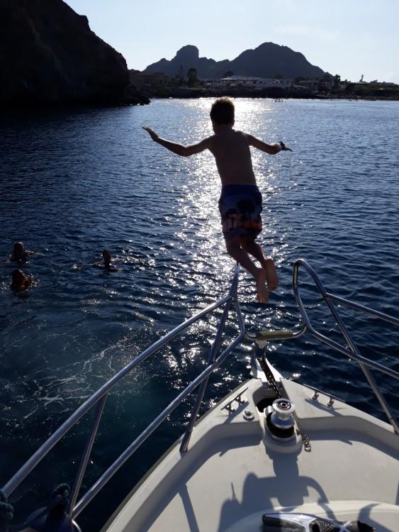Bootverhuur Cranchi Zaffiro 32 in Tonnarella via SamBoat