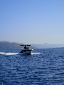 Louer Bateau à moteur avec ou sans skipper Okiboats à Trogir