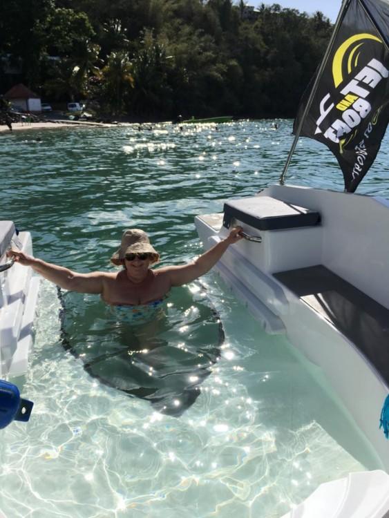 Alquiler Moto de aguas Sealver con título de navegación