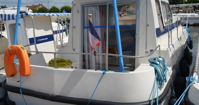 Location bateau Les Canalous Triton 1050 à Digoin sur Samboat