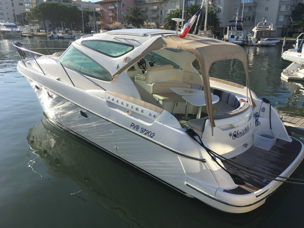 Yacht for rent Canet-en-Roussillon at the best price