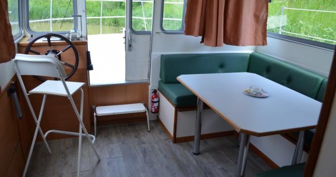 Location bateau Les Canalous Espade Concept Fly à Châteauneuf-sur-Sarthe sur Samboat