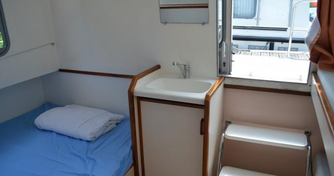 Location bateau Les Canalous Espade Concept Fly à Pontailler-sur-Saône sur Samboat