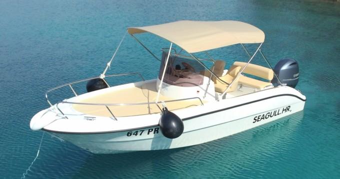 Louez un Sessa Marine Key Largo 20 Deck à Ugljan