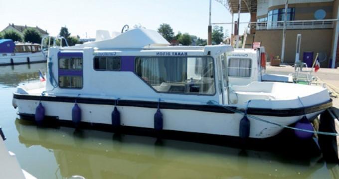 Location bateau Les Canalous Espade 850 Fly à Colombiers sur Samboat