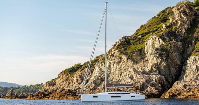 Location bateau Volos pas cher Sun Odyssey 410