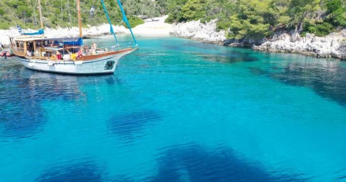 Kit Marine Wood Sailing boat 65 fit entre particuliers et professionnel à Volos