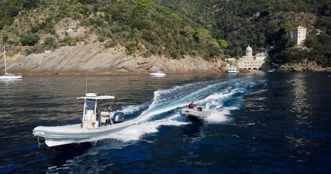 Novamarine RH 700 entre particuliers et professionnel à Portofino
