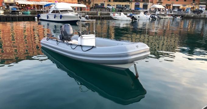 Louer Semi-rigide avec ou sans skipper Novamarine à Portofino