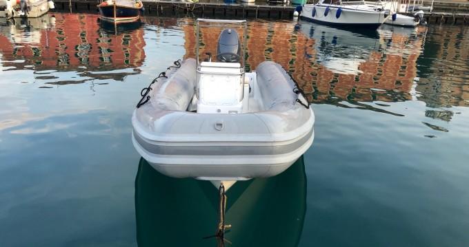 Novamarine RH580 entre particuliers et professionnel à Portofino