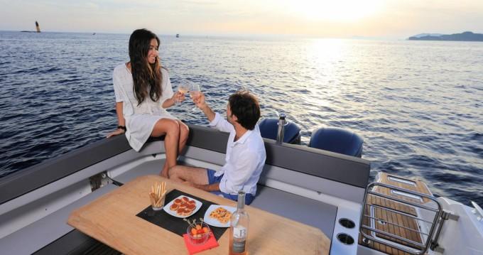 Location yacht à Bastia - Jeanneau Cap Camarat 9.0 WA sur SamBoat
