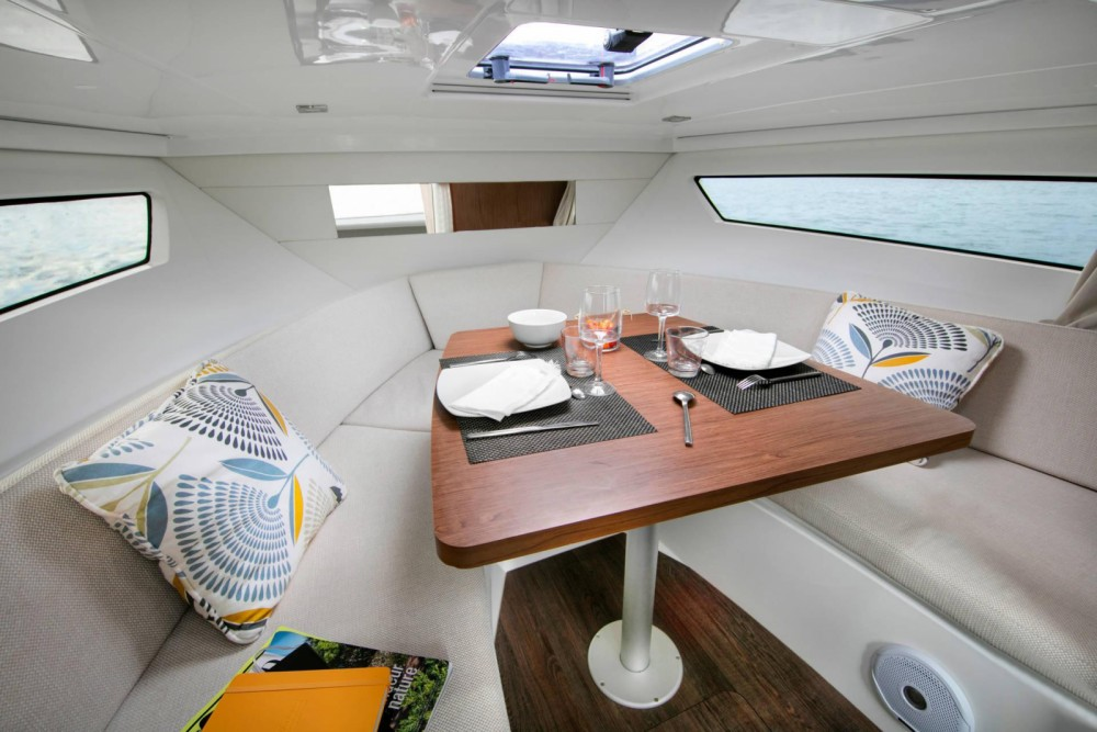 Location bateau Bastia pas cher CAP CAMARAT 9.0 WA NOUVEAUTE 2020