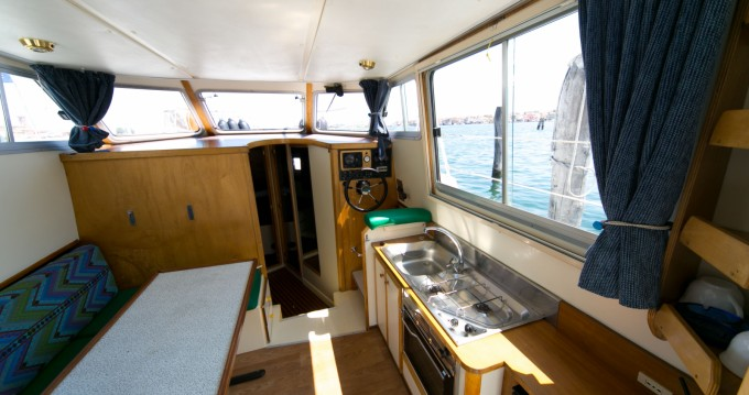 Location bateau New-Con-Fly Twins à Chioggia sur Samboat