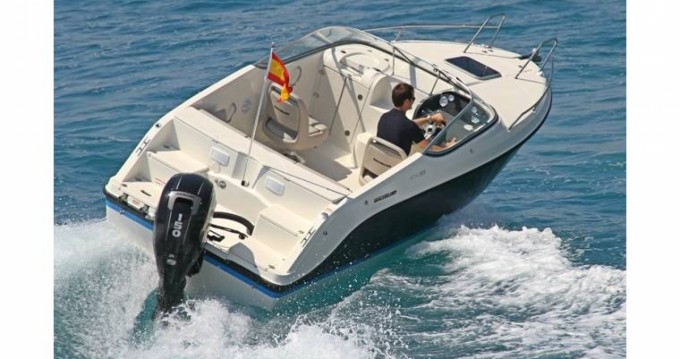 Louez un Quicksilver Activ 595 Cruiser à Antibes
