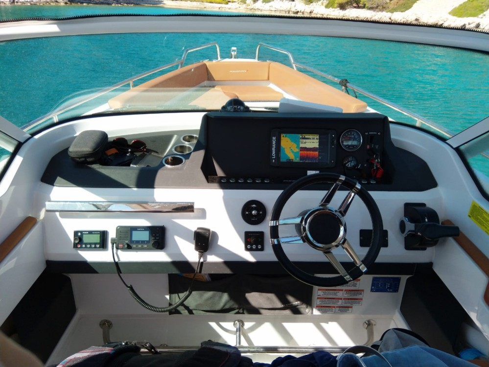 Hire Motor boat with or without skipper Axopar Šibenik