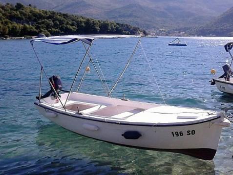 Louer Semi-rigide avec ou sans skipper Pasara 1  à Slano