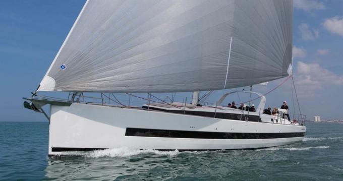 Location bateau Bénéteau Oceanis Yacht 62 à Olbia sur Samboat