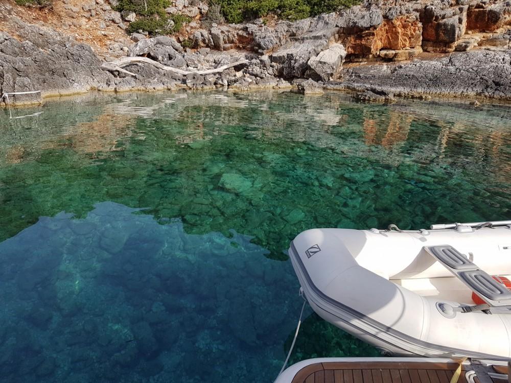 Om en door den Peloponnesus