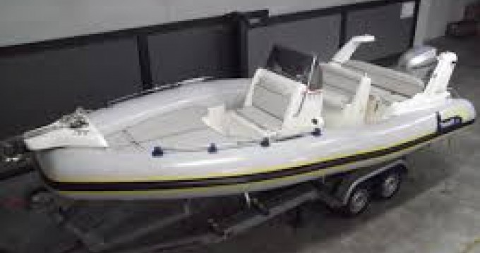Location bateau Dubrovnik pas cher Marlin 20