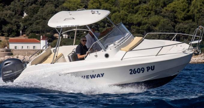 Location bateau Blueway Blueway 20 SD-C à Pula sur Samboat