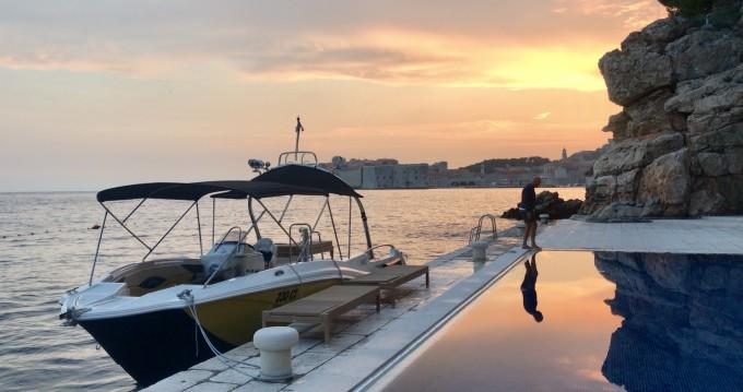 Location bateau Mercan Yachting Excursion 34 à Cavtat sur Samboat