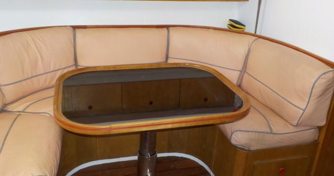Louer Bateau à moteur avec ou sans skipper Guy Couach à Saint-Florent