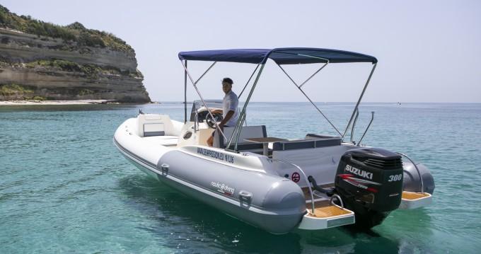 Location yacht à Formicoli - Nautica Diving MAESTRALE 8,20 MT sur SamBoat