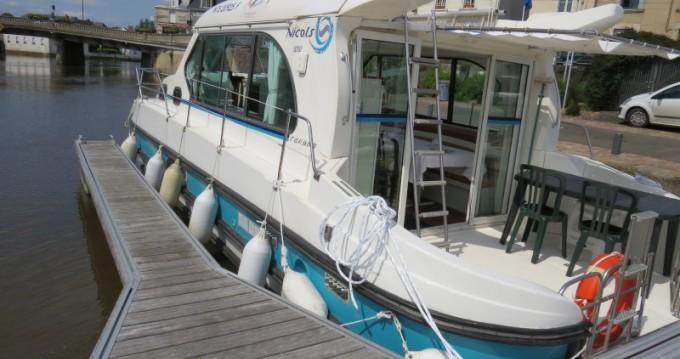 Louer Péniche avec ou sans skipper Nicols à Sablé-sur-Sarthe
