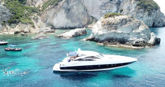 Yacht à louer à Terracina au meilleur prix