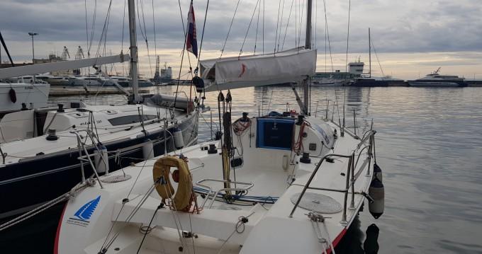 Louer Voilier avec ou sans skipper Jeanneau à Rijeka