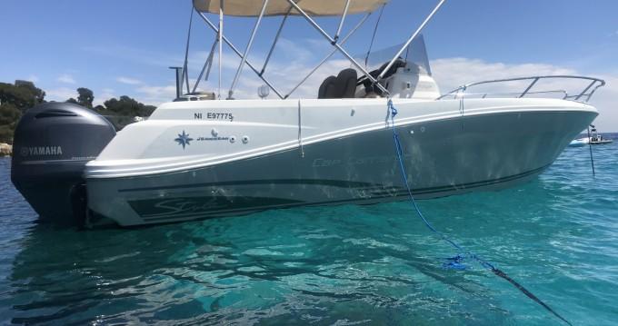 Bateau à moteur à louer à Golfe-Juan au meilleur prix