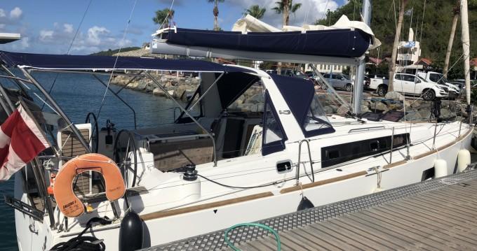 Location bateau Bénéteau Oceanis 38 Weekender à Pointe-à-Pitre sur Samboat