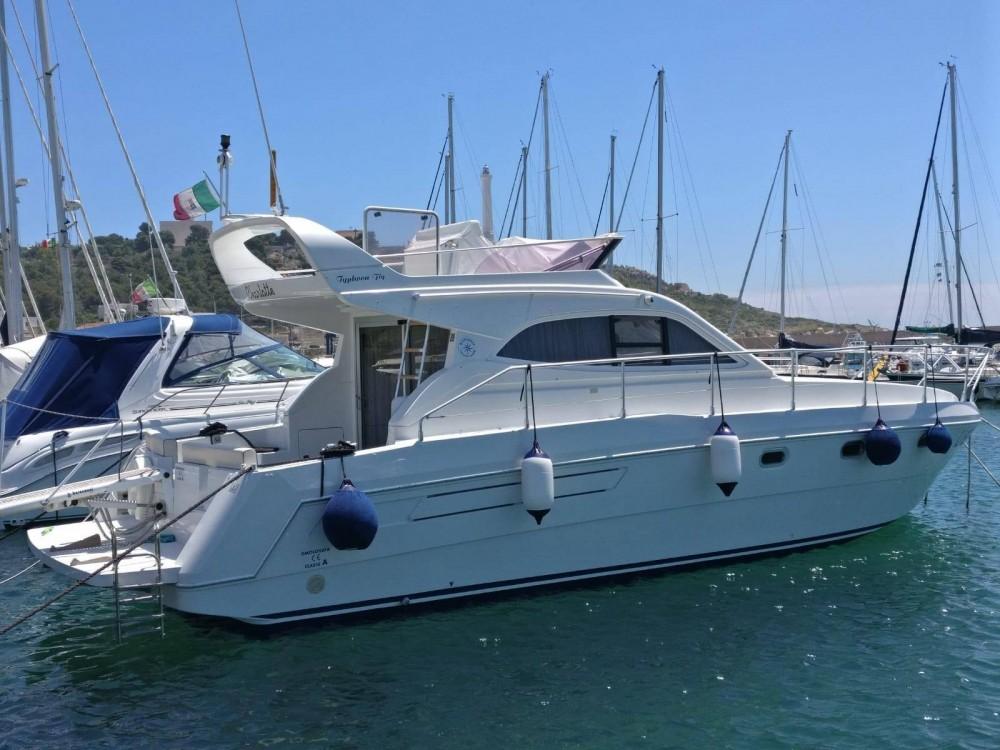 Location yacht à Morciano di Leuca - Raffaelli Typhoon Fly 38 sur SamBoat