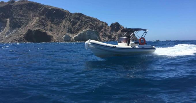 Location bateau Nautica Ondina 565 à Santorin sur Samboat