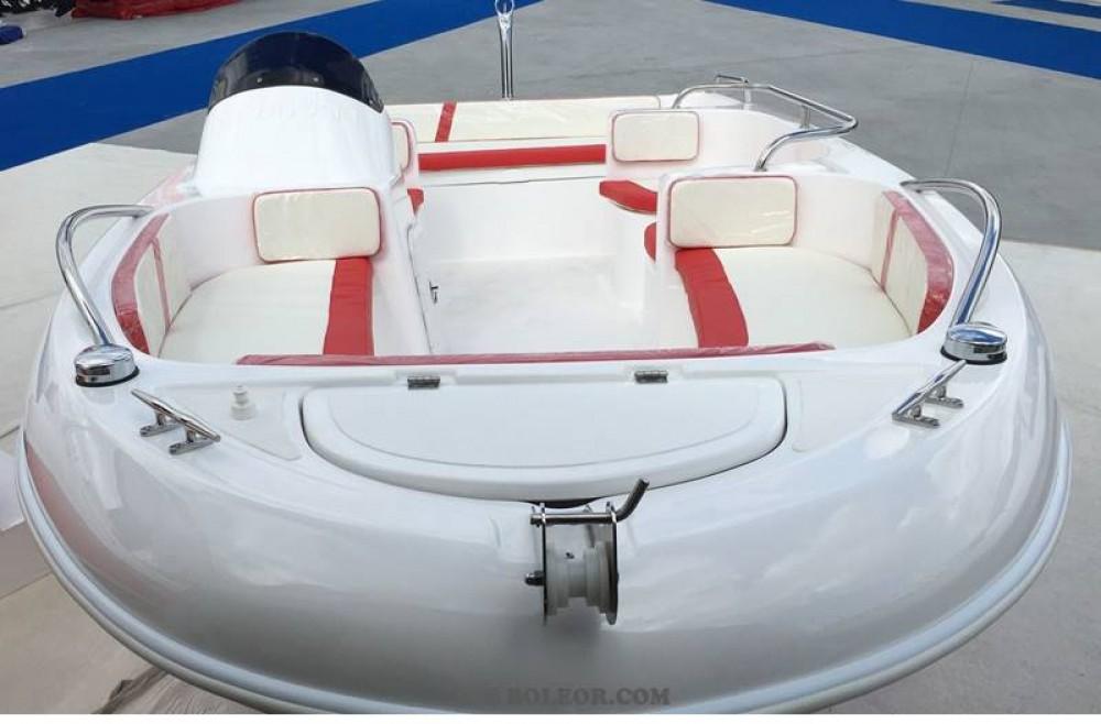 Louer Bateau à moteur avec ou sans skipper Boleor à Palma