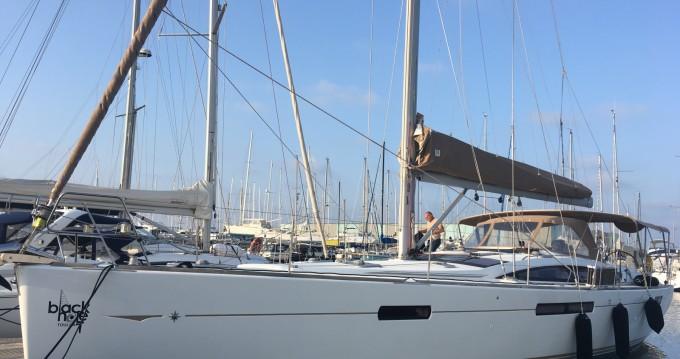 Louez un Jeanneau Jeanneau 53 à Toulon