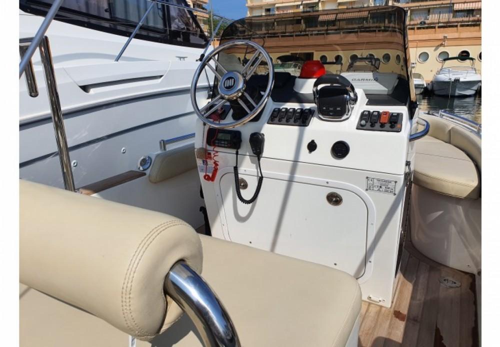 Novurania Custom Line Series 650 entre particuliers et professionnel à Marbella