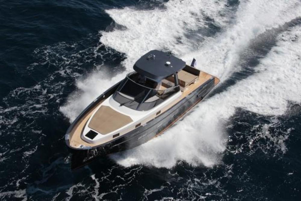 Location bateau MED YACHT  MED 48 à Saint-Tropez sur Samboat