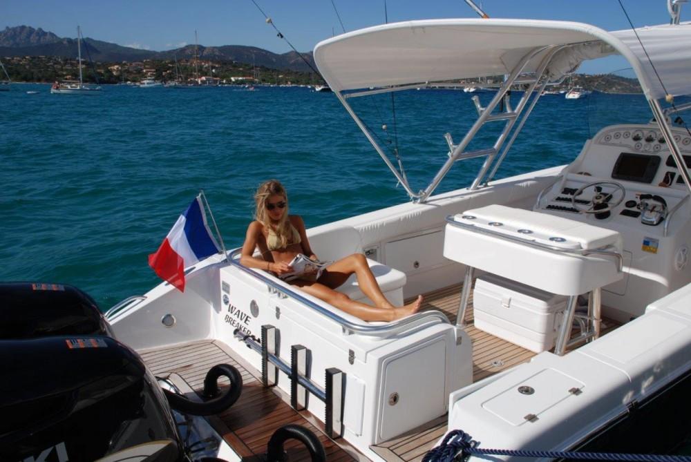 Location Bateau à moteur à Saint-Tropez - AL DHAEN 360 CUDDY