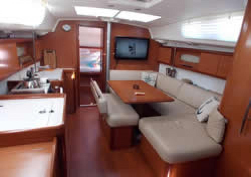 Location bateau Bénéteau Oceanis 40 à Paraty sur Samboat