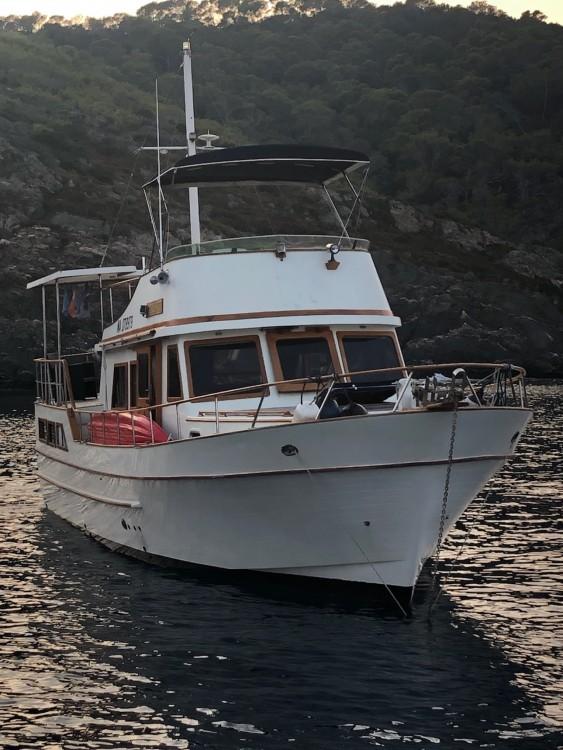 Location bateau MODERN BOAT EUROBANKER 44 à Marseille sur Samboat