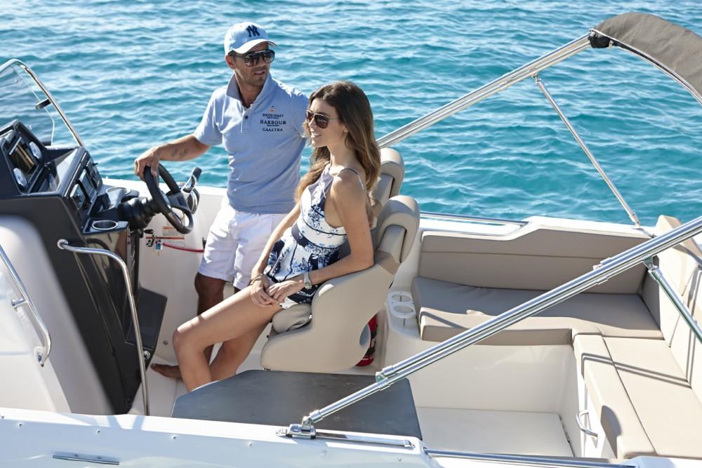 Location bateau Îles Canaries pas cher Activ 755 Sundeck