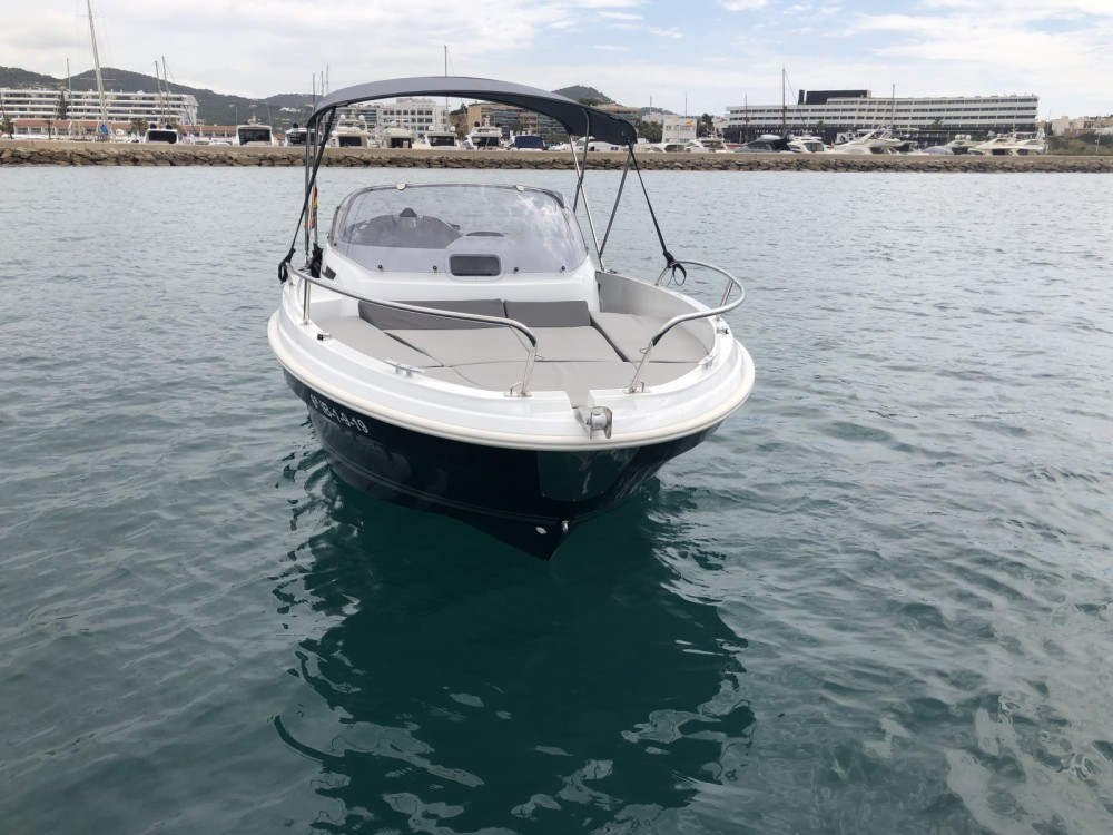 Location Bateau à moteur à Ibiza - Jeanneau Cap Camarat 5.5 WA Serie 2