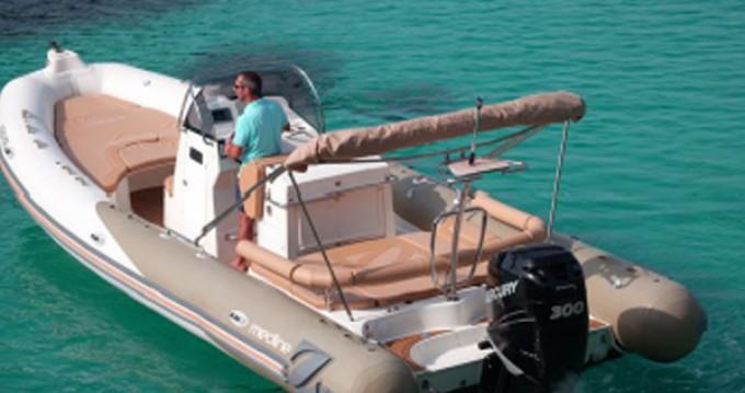 Location yacht à Saint-Tropez - Zodiac Medline 850 sur SamBoat